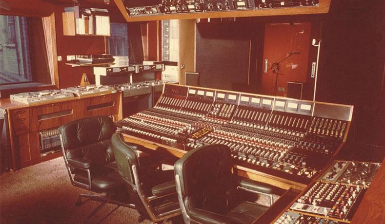 Trident-studio-b